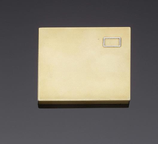 ASPREY: An 18 carat gold lady's card case London 1932