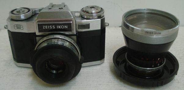 A Zeiss Ikon camera in leather case, with Carl Zeiss Contraflex and a 115mm lens.