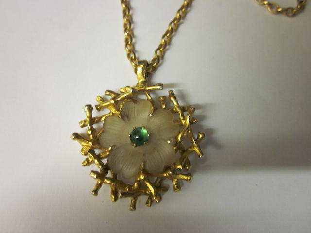A 9 carat gold emerald and rock crystal pendant,