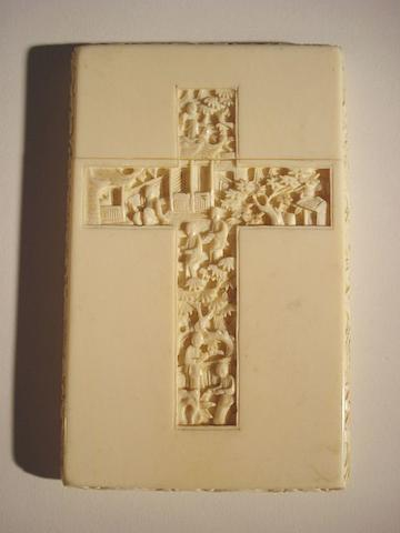 A Chinese carved ivory card case Circa 1880