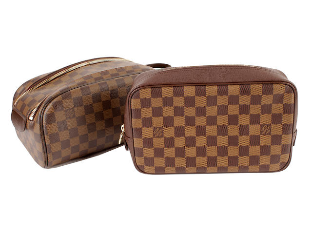Louis Vuitton damier male and female washbags