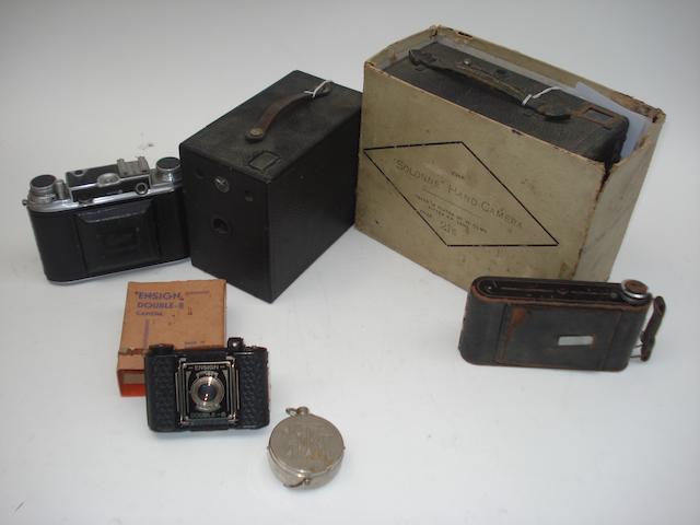 Popular portable cameras: