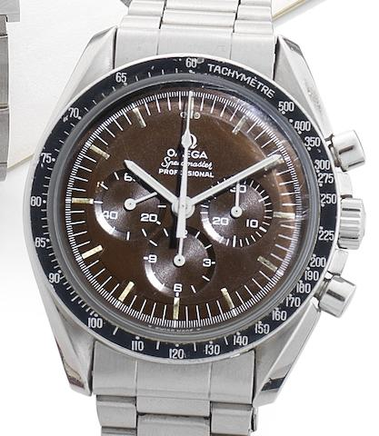 Omega. A rare stainless steel chronograph bracelet watch with black to brown colour-change dial Speedmaster, Case No.145022, Movement No.29602511, Circa 1969