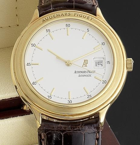 Audemars Piguet. An 18ct gold automatic centre seconds calendar wristwatchRef:C97046, Circa 1985