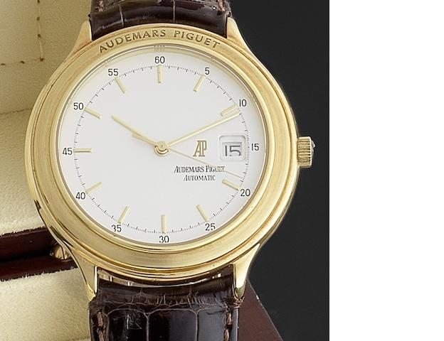 Audemars Piguet. An 18ct gold automatic centre seconds calendar wristwatch Ref:C97046, Circa 1985
