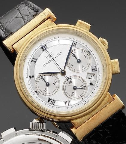 IWC. An 18ct gold quartz chronograph calendar wristwatchDa Vinci, Case No.2466716, Circa 1990