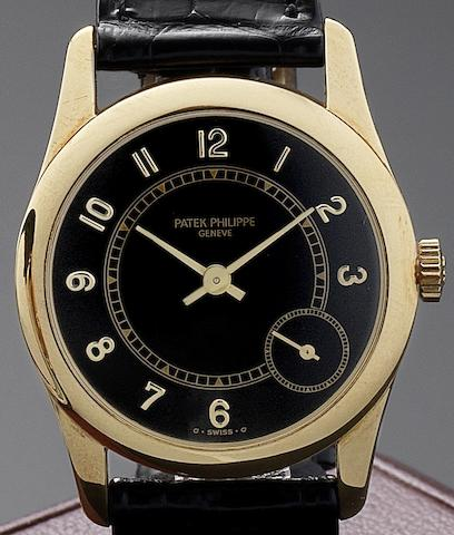 Patek Philippe. A fine 18ct gold automatic wristwatch Calatrava, Ref:5000, Case No.4053864, Movement No. 3150684, Circa 1990