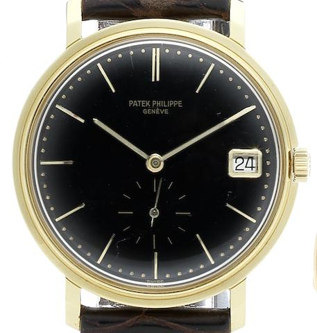 Patek Philippe. A fine and rare 18ct gold automatic calendar wristwatch together with Extract from ArchivesRef:3445, Case No.317838, Movement No.1122654, Circa 1962
