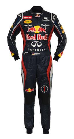 Vettel signed racesuit + bag + COA