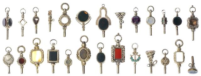 A lot of various pocket watch keys Mainly 18th Century (26)