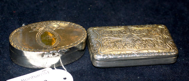 A late 19th Century French silver coloured snuff box,