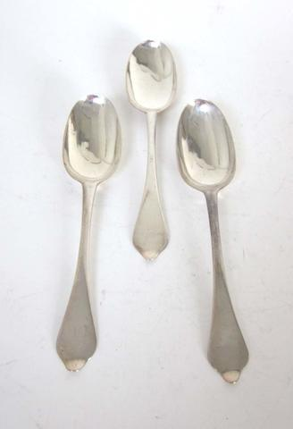 Three Britannia standard silver dog nose spoons maker's mark A R with pellet between, possibly by Andrew Archer, London, date letters worn smooth, circa 1710  (3)
