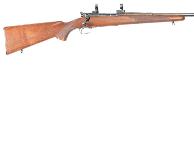 A fine .30-06 (Sprg) 'Model 70' sporting rifle by Winchester, no. 51400