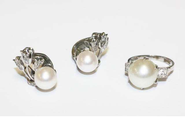 A cultured pearl and diamond ring and a pair of cultured pearl and diamond earclips, (2)