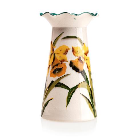 A Wemyss Grosvenor 'Daffodils' vase