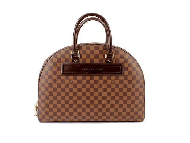 A Louis Vuitton damier bowler bag