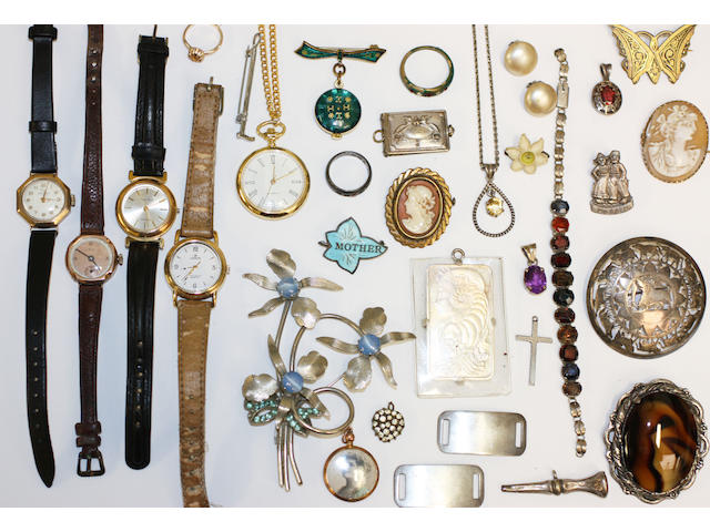 A large lot of jewellery items,