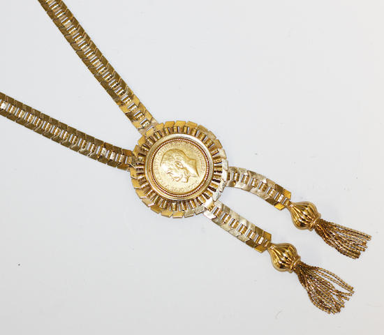 A sovereign set necklace,