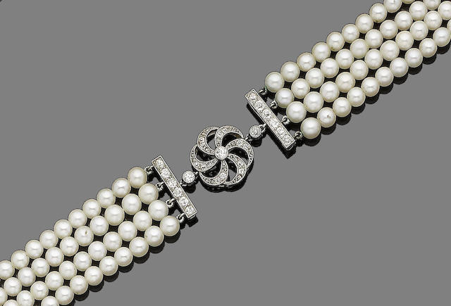 A cultured pearl and diamond choker