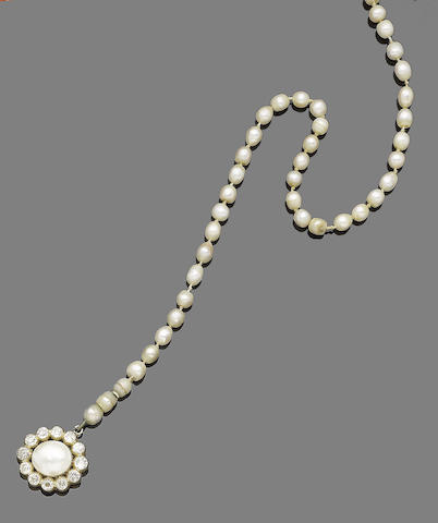 A pearl and diamond choker