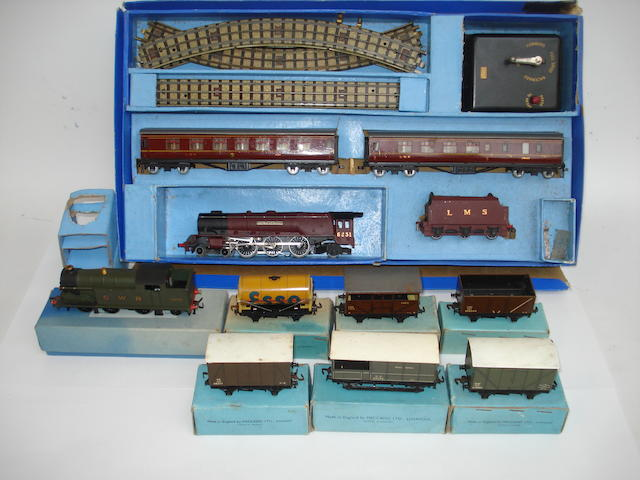 Hornby Dublo early post-war tank engine, rolling stock and more lot
