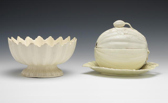 A creamware salad bowl and a melon tureen, cover with fixed stand, circa 1790-1800