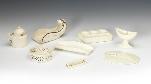A collection of various small objects in creamware, late 18th and early 19th century