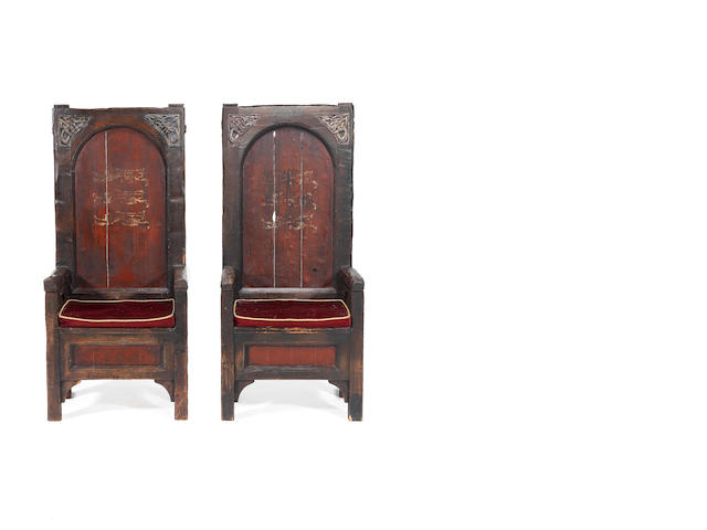 Braveheart: Two large prop thrones from King Edward's chamber, 1995,
