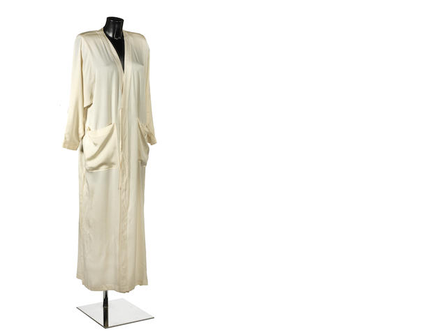 Barbra Streisand: A cream-coloured robe,