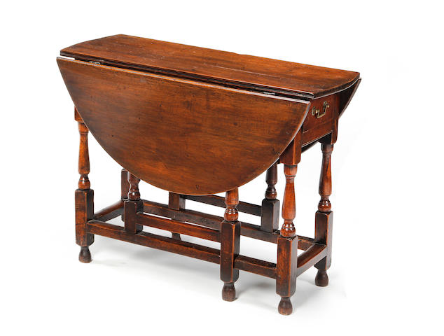 An 18th century oak gateleg table (For sale in Chester)