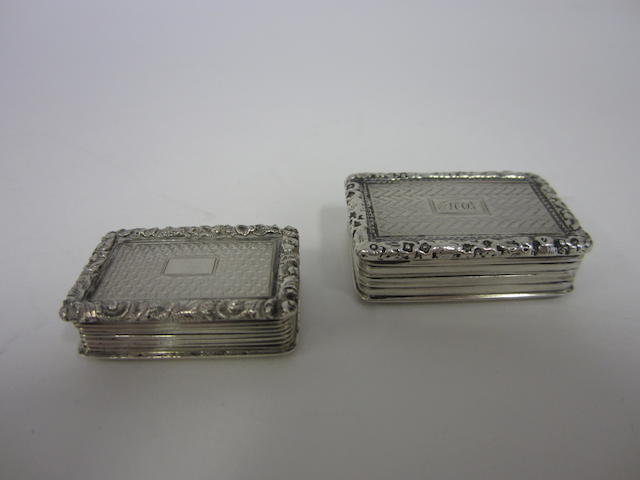 A William IV silver vinaigrette by Nathanial Mills, Birmingham 1833