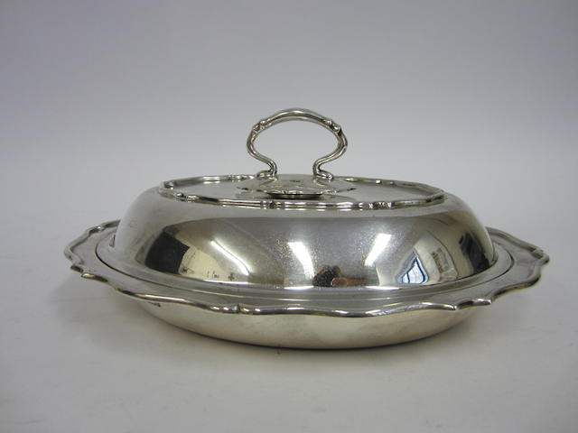 An Edwardian silver oval entree dish by William Hutton & Sons Ltd., Sheffield 1901