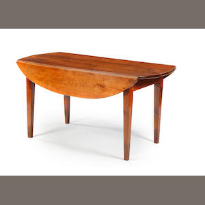 CHESTER:  Country drop leaf table