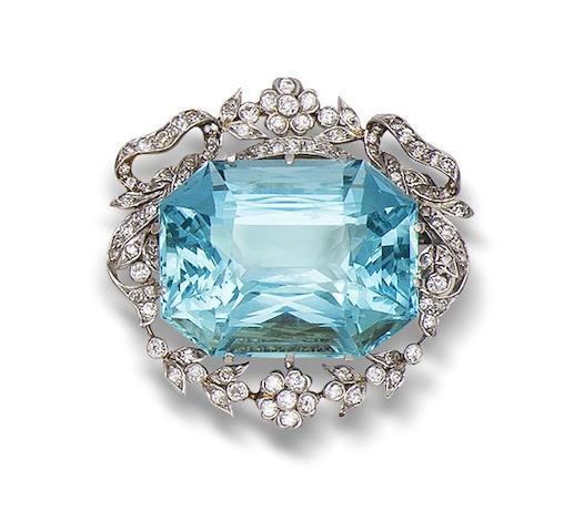 A belle époque aquamarine and diamond brooch/pendant,