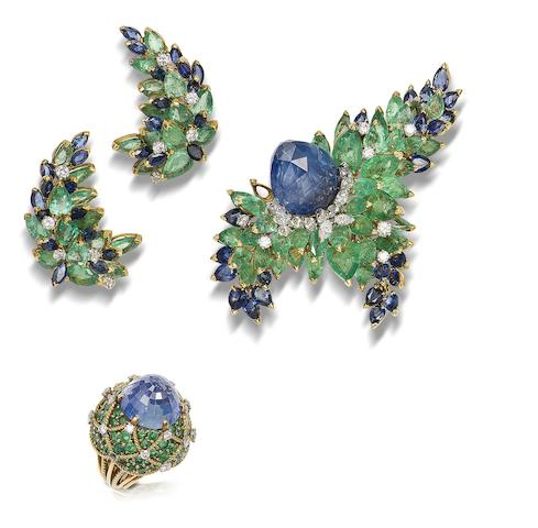 A sapphire, emerald and diamond brooch, ring and earring suite, by Marchak, (3)