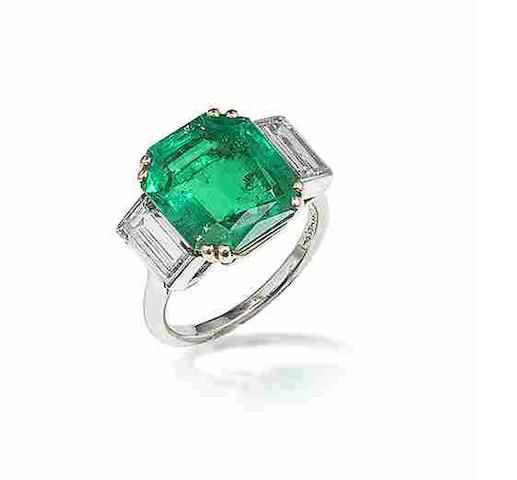 An emerald single-stone ring, mounted by Cartier