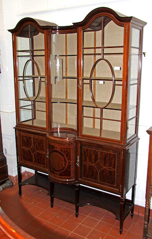 An Edwardian mahogany and satinwood glazed display cabinet,