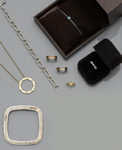 A collection of designer jewellery (7)