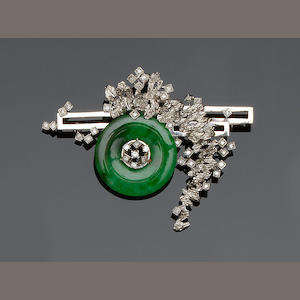 A jade and diamond brooch/pendant