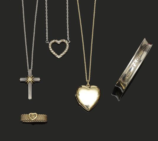 Tiffany & Co: A small collection of jewellery items, (5)