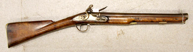A flintlock Musketoon