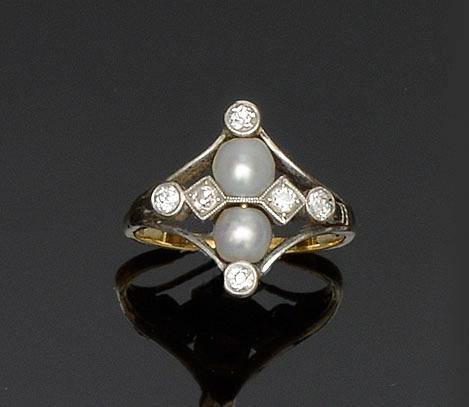 A cultured pearl and diamond dress ring