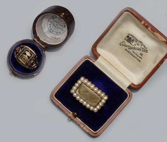 An early 19th century memorial ring and a late 18th century memorial brooch (2)