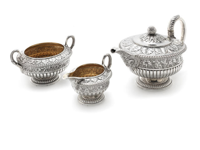 A George IV three piece silver tea service by Robert Gray & Son, Edinburgh 1826