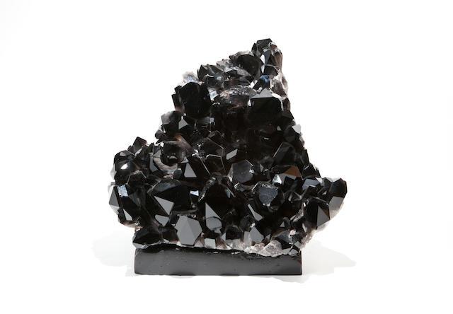 A Black Quartz