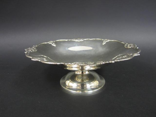 A silver circular pedestal dish by Elkington & Co., Birmingham 1927