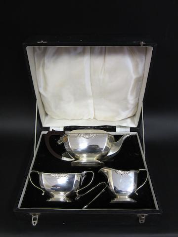 A silver three piece tea service  by Chatterley & Sons Ltd., Birmingham 1964