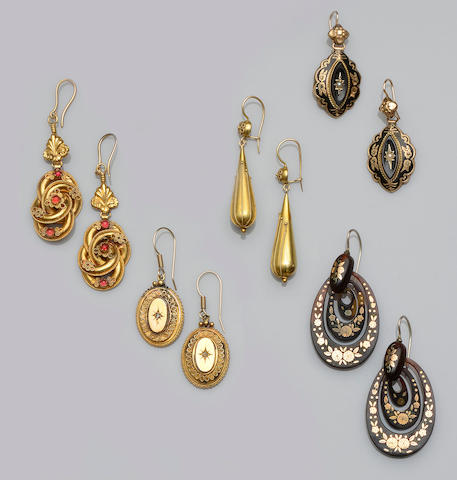 Five pairs of Victorian earrings (5)
