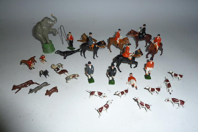 Britains Hunting Series set 234 'The Meet' 33
