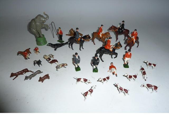 Britains Hunting Series set 234 'The Meet' 33
